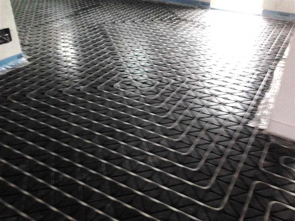 Riscaldamento A Pavimento Ribassato Spessore applitek - impianto di riscaldamento a pavimento ribassato